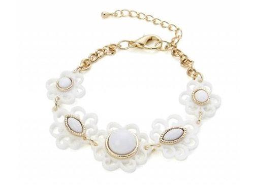 White Plastic Flower Fashion Festival Bracelet
