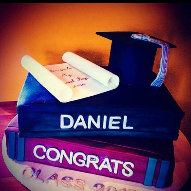 books cakes 2