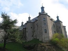 Chateau fort à Ecaussinnes.jpg
