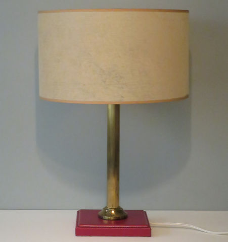 lamp%20leather%20base_edited.jpg