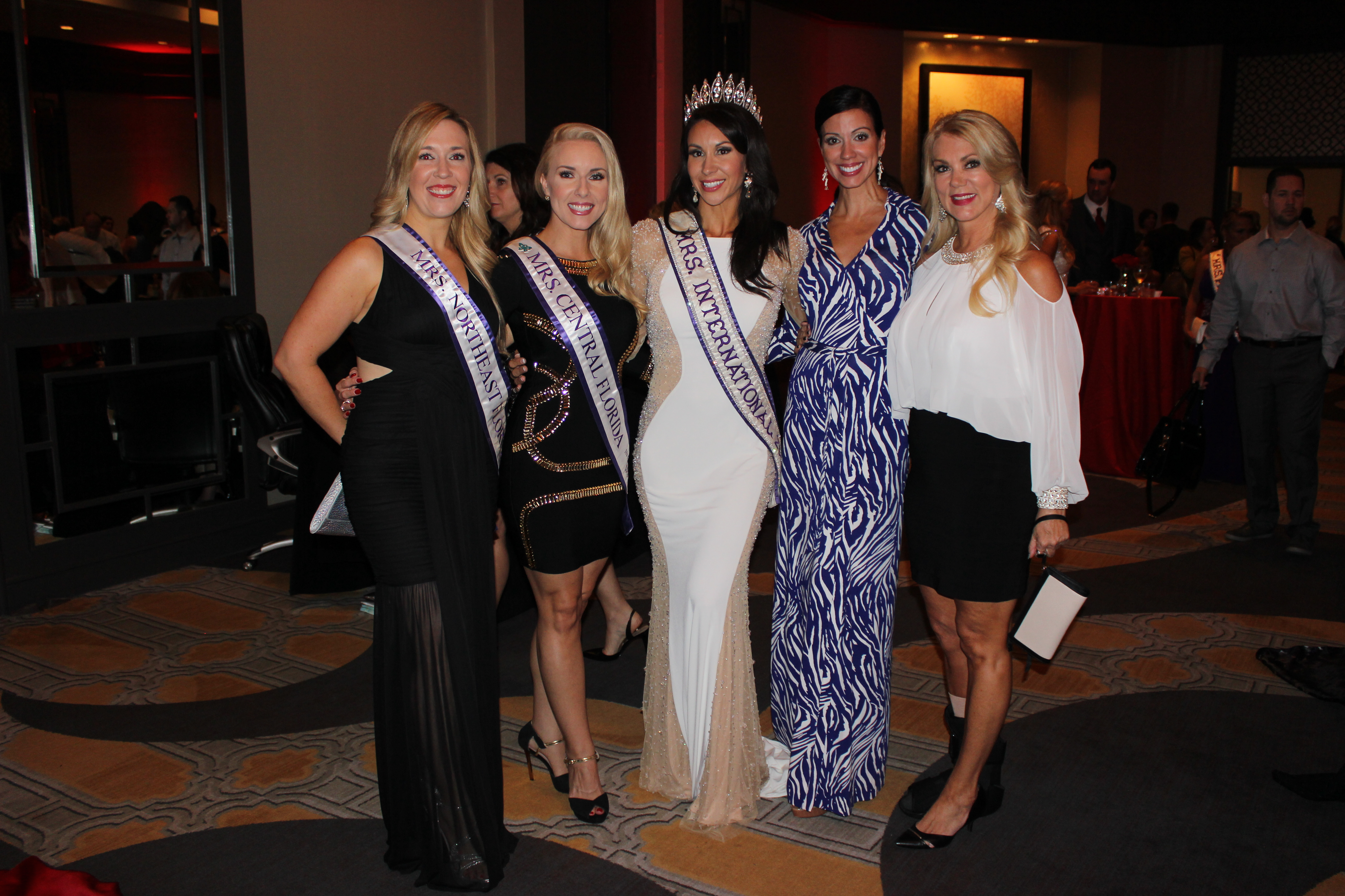 Amy Santiago & Int'l Pageant Queens