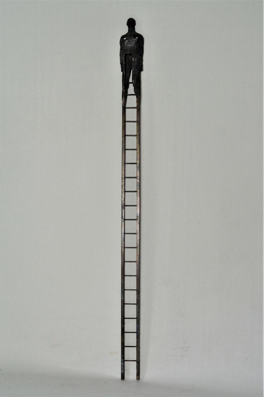 79. Hombre escalera