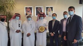SAUDIA recibe el premio a la mejor aplicación de Hytera DMR en Aeropuertos Globales