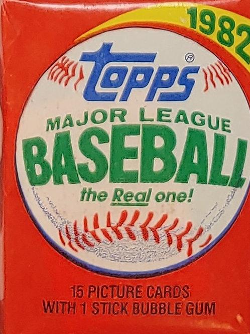 1982 Topps Baseball Wax Pack: 15 Spot Random Card Group Break