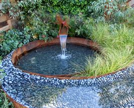 The Garden of the Little Wattlebird Water Feature