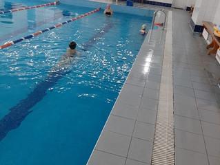 Занятия в бассейне - радость и польза