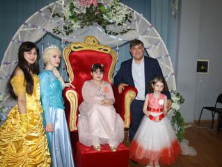 Бал маленьких принцесс