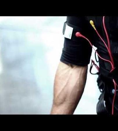 personal training of miha bodytec at chalandri