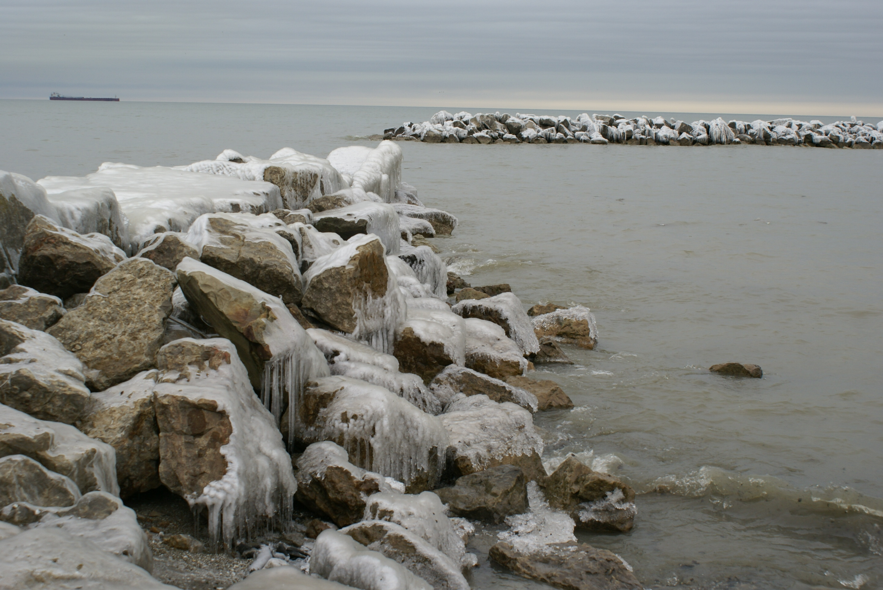 K_Brewer-Ice waters of Lake Shore Park