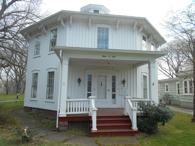 B_Drennen-Octagon House Museum