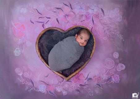 Newborn photographers in Hyderabad