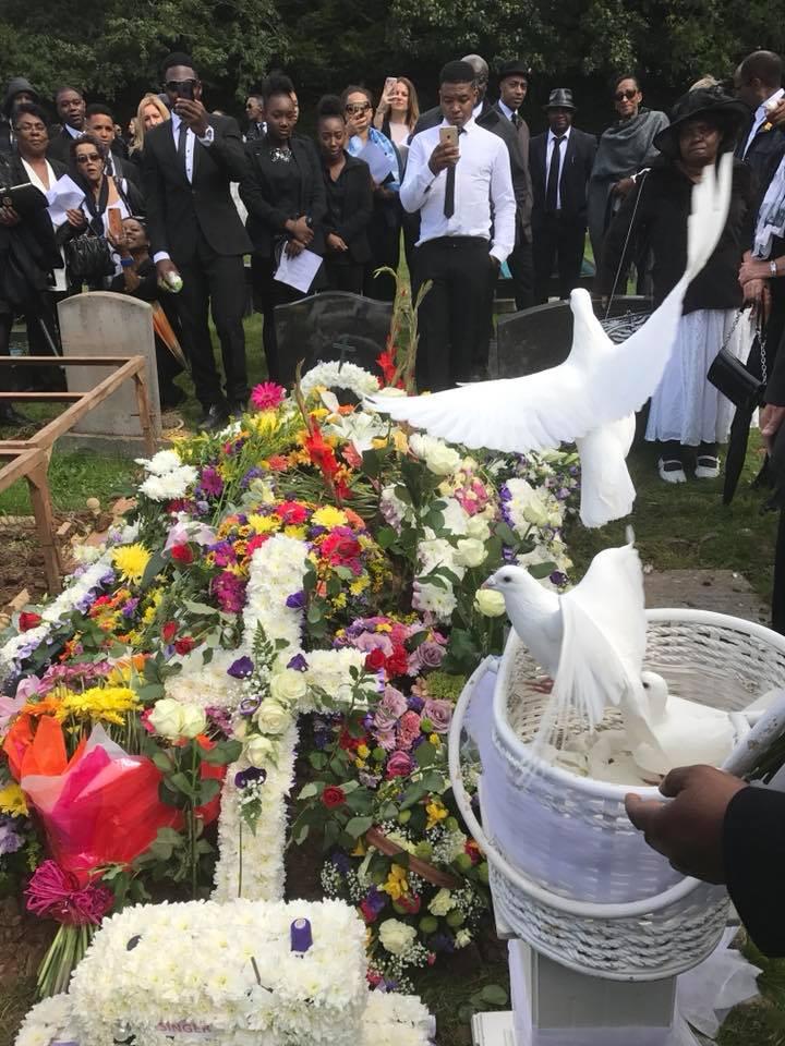 funerals10.jpg