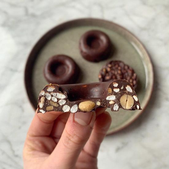 CROUSTI DONUTS CHOCOLAT - CACAHUETE- PISTACHE- ABRICOT SEC- RIZ SOUFFLE (PAR 3)✰