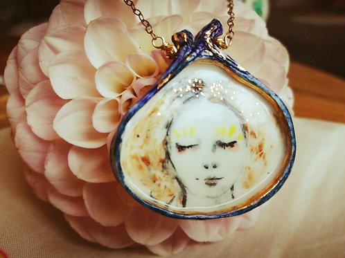Sautoir pendentif  portrait porcelaine