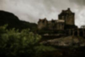 eilean-donan-castle-isle-of-skye-wedding-photography-stuart-and-ashley-39.jpg
