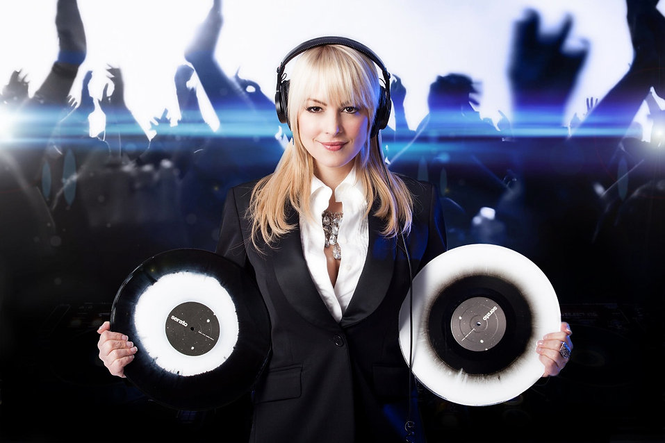 DJ Kristaval, Kristaval, DJ, New York, Female DJ, Celebrity DJ