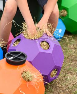 Parallax Hay Play - filling