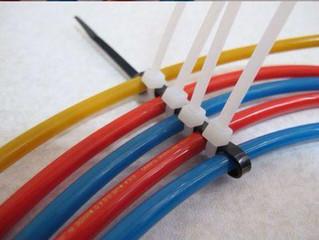 Остроумный способ разделения кабелей