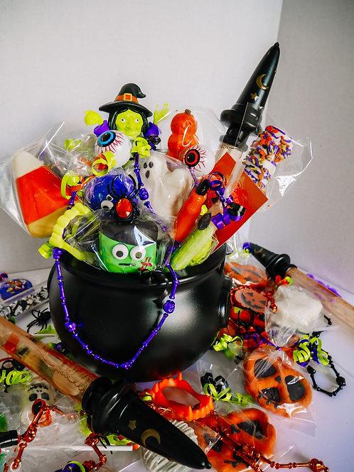 PRE-ORDER: Halloween Kid's Treat Basket   Large