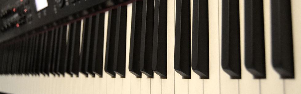 PianoKeys2.JPG