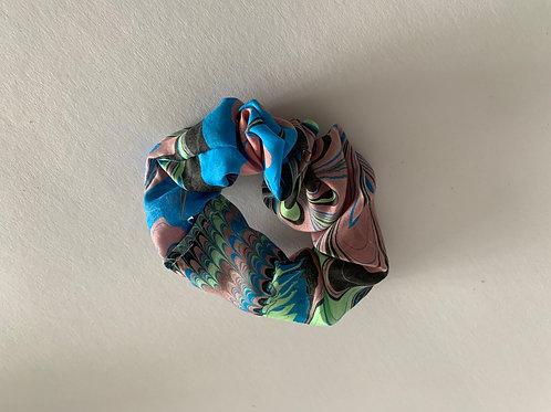 1 hair scrunchie, design #320