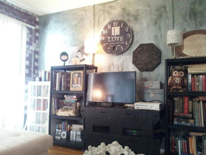 Faux métal panels, hand painted bricks, clocks and BOOKS!!! Industrial meets vintage library