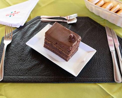 torta chocolate trozo.jpeg