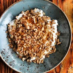 Paper or Plastik Breakfast Granola Bowl