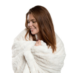 Sentiments Inc Lux Throw Blanket Ivory w