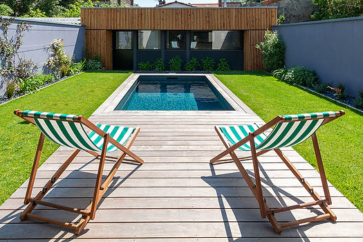 jardin-terrasse-bois-bassin-cauderan.jpg