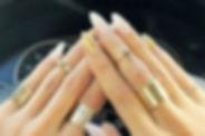 hands_300x200.jpg