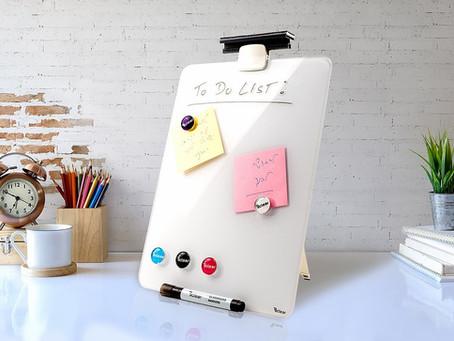 איך #3 לוחות שולחניים מחיקים יוצרים 3 פתרונות לעבודה מהבית ומהמשרד?