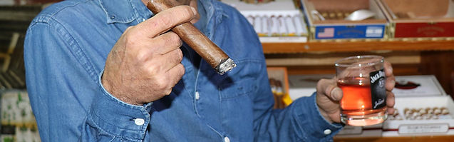 סיגרים ואלכוהול אש טבק