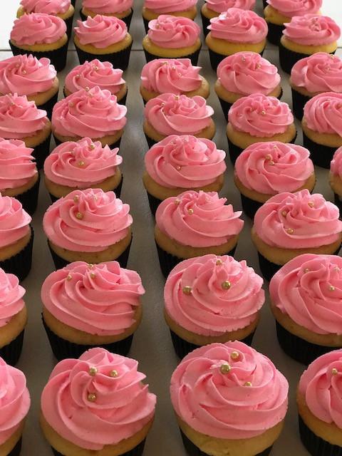 cupcakes new.JPG