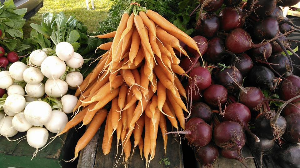 Market root veggies