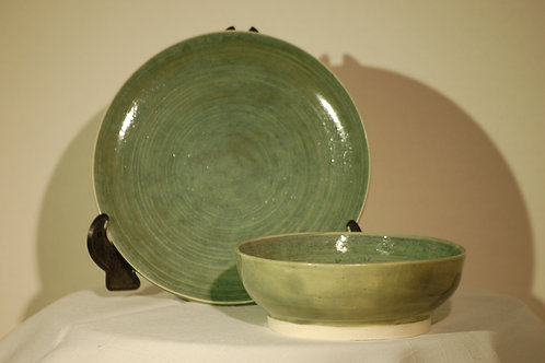 Green bowl and plate set