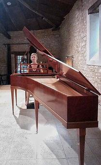 moi au piano....jpeg