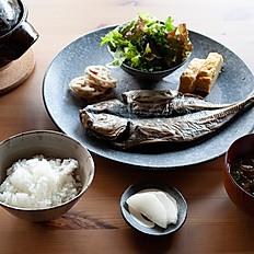 土鍋ごはんと焼き魚