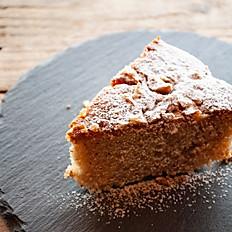 ラム酒風味のくるみのケーキ