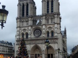 Notre Dame, su historia es real? Relación con el Tarot.