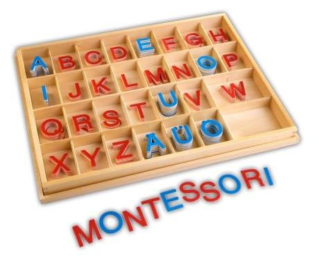 Alfabeto Montessori con letras sueltas de madera
