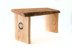 Mantus Meditation Bench