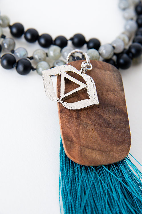 mala beads, 108, semi-precious stones, third eye chakra pendant, yoga products, made in Canada, yoga goods, hand knotted mala
