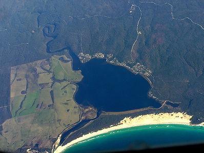 800px-Ansons_Bay_Aerial.jpg