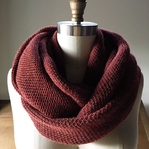 LUX Cowl in 100% fine baby llama - Redwood