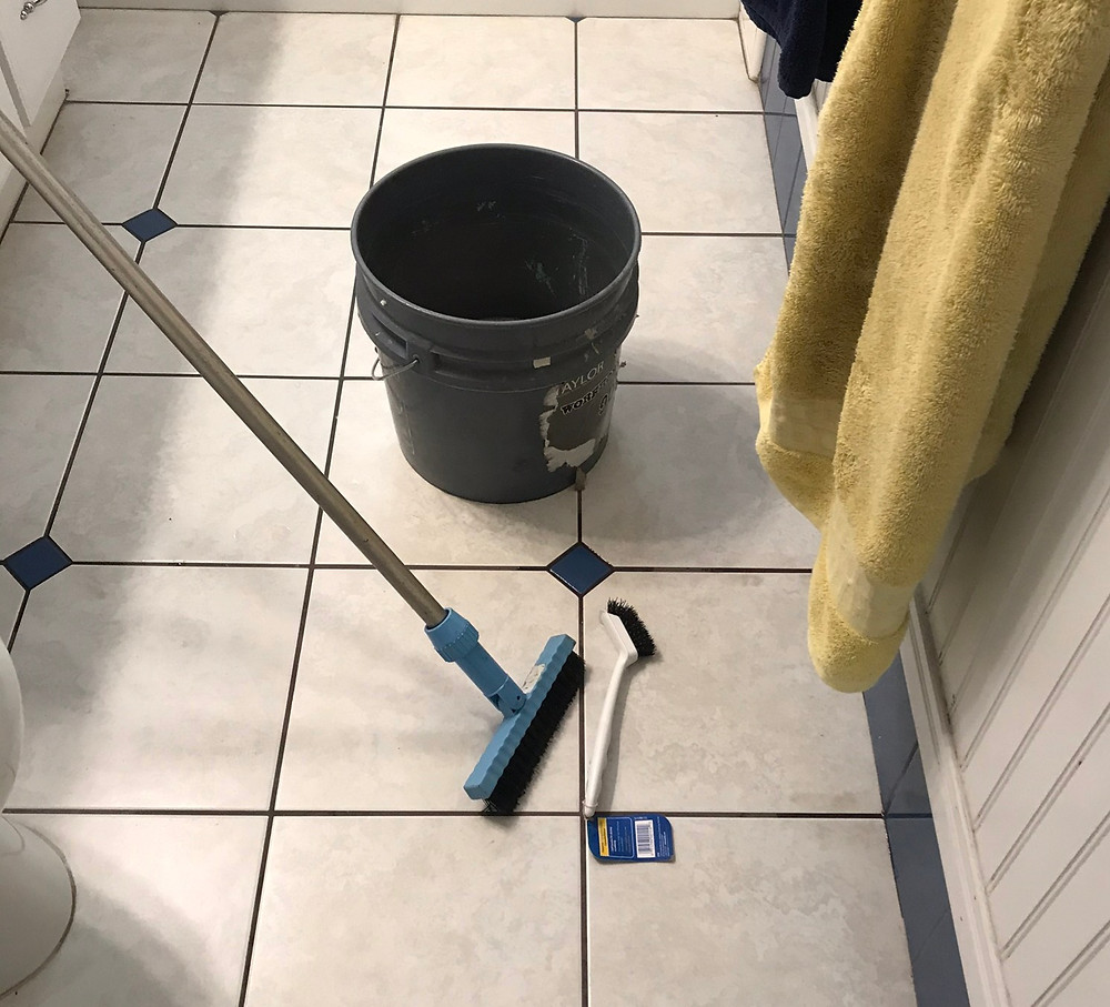 steam cleaning tile and grout