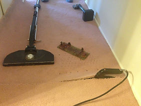 carpet repair and re-stretch