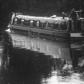 02 Cruising the Severn R Greaves.jpg