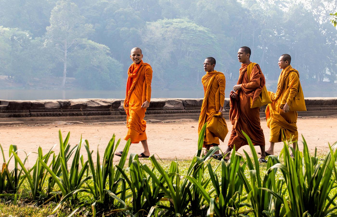 Budhist Monks