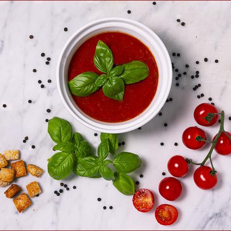 Soupe aux Tomates avec Croutons